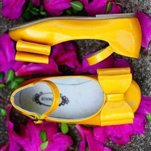 Joyfolie | Loralie Patent Mustard Maryjanes | 10